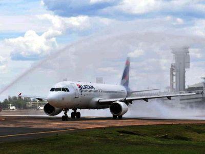 La demanda  de pasajes aéreos no levantó vuelo durante el verano