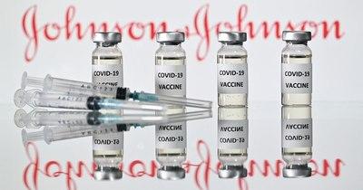 La Nación / EEUU distribuirá 4 millones de vacunas Johnson & Johnson