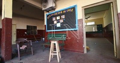 La Nación / Escuelas tienen menos riesgo de contagio que otras actividades, dicen desde Salud