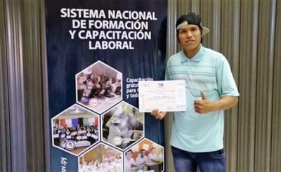 Sinafocal y Microsoft acuerdan capacitación para 50.000 paraguayos