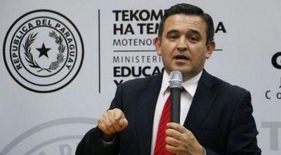 """""""No me lleven el virus a las escuelas"""", dice Petta a los docentes"""