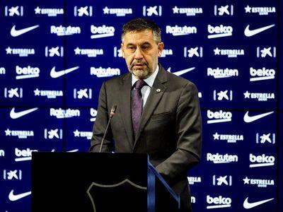 Los Mossos detienen a Josep Maria Bartomeu y registran las oficinas del Barça