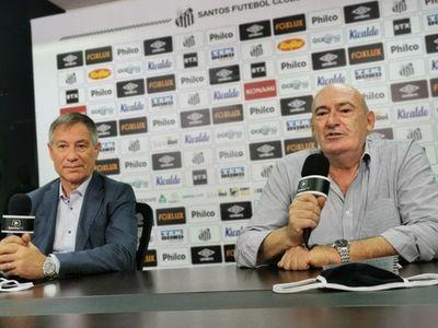 """""""El Santos es un gran desafío para mí"""", dice el técnico argentino Ariel Holan"""