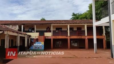 OBRAS EN LA ESCUELA NUEVA ESPERANZA: ACUERDAN CONSTRUCCIÓN DE AULAS Y SANITARIOS