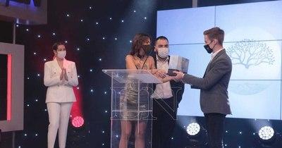 La Nación / GEN hizo entrega de los Premios Héroes en su primera edición