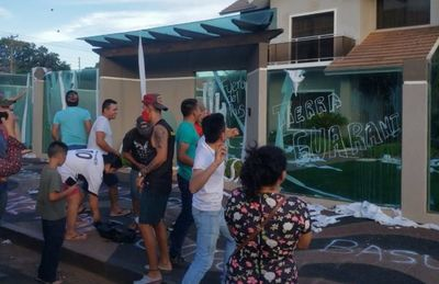 Repudian a brasileña por prohibir  a sus empleados hablar en guaraní