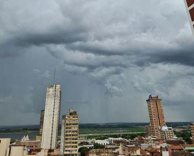 Meteorología anuncia jornada calurosa y húmeda