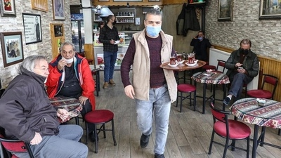 Los casos de coronavirus en el mundo aumentaron por primera vez en siete semanas