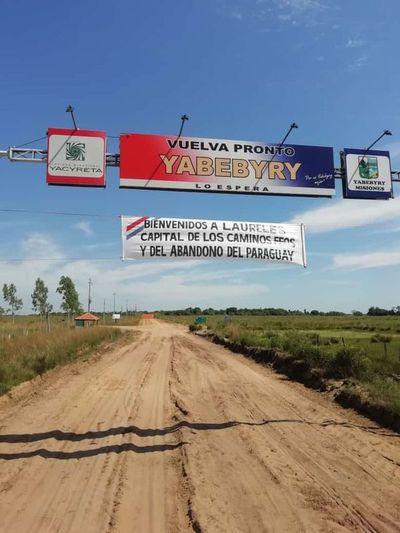 Piden mejora vial en tramo que conecta Laureles con Yabebyry