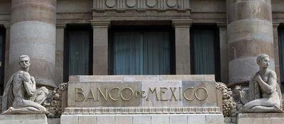 Analistas mexicanos elevan pronóstico de crecimiento del PIB a 3,89 % en 2021