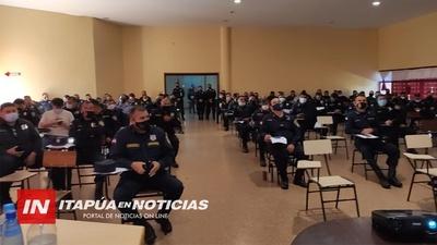 POLICÍAS DE ITAPÚA SE CAPACITAN EN TURISMO