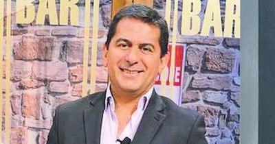 La Nación / Carlos Báez de vuelta a la radio: ¿pasó la tormenta?