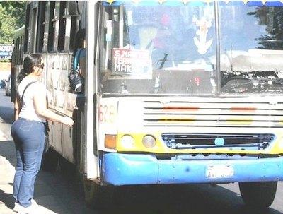 Crónica / Transportistas rematan por el rollo: harán paro
