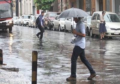 Miércoles caluroso con precipitaciones y ocasionales tormentas eléctricas