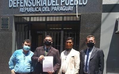 Denuncian a brasileña por violar derechos linguísticos