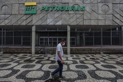Cuatro consejeros de la brasileña Petrobras renuncian tras el cambio de presidente