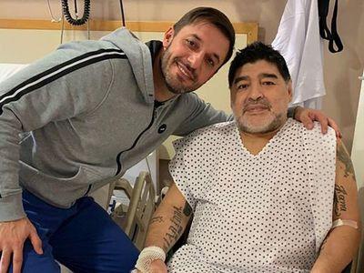"""Exesposa de Maradona dice que estaba """"secuestrado"""" por su abogado"""