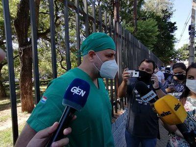 Personal de blanco del INERAM se une al grito desesperado por medicamentos