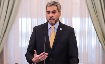 """Mario Abdo demuestra estar en una """"burbuja"""" y niega colapso del Ineram"""