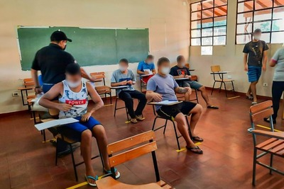 Adolescentes infractores inician clases en Itauguá