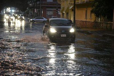 ANDE: Registran 37 alimentadores afectados por temporal y lluvias siguen