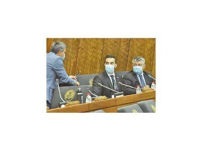 Asumió sobrino de Robert Acevedo como diputado titular