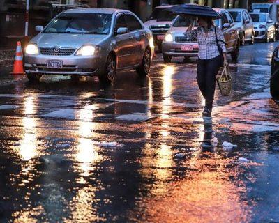 Precipitaciones y tormentas eléctricas continurán este jueves