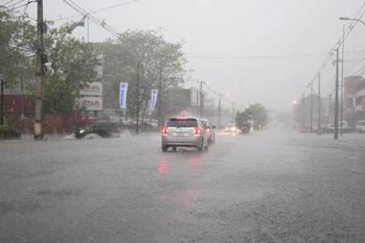Nueva jornada con lluvias y tormentas, pronostica Meteorología