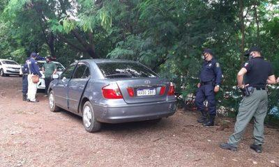 Abandonan vehículo utilizado para asaltar a cambistas
