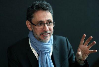 Pablo Montoya relata un Medellín con las entrañas quemadas por desaparecidos