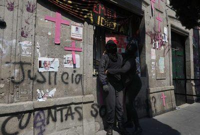 Unión y lucha en el medio año de ocupación de la Comisión de DD.HH. de México
