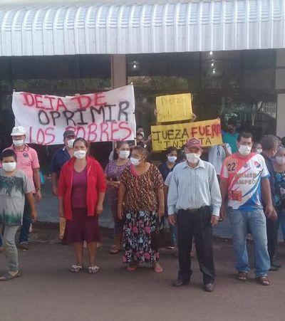 Pobladores de colonia Santa Lucía denuncian abandono del Indert