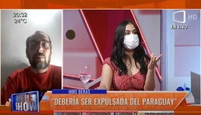 Fabi Martínez le dio clases de guaraní, portugués y español a Mike Beras