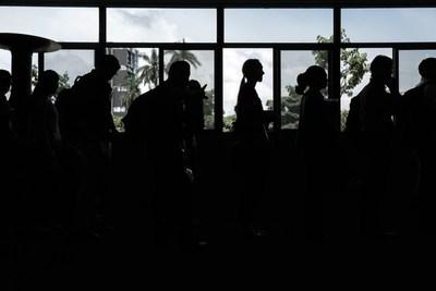 El desempleo en Costa Rica baja un punto y se ubica en el 19,1 % en enero