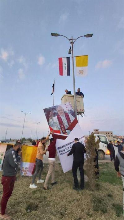 Irak refuerza seguridad y decora Bagdad ante la llegada histórica del papa