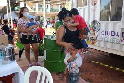Ciudad Mujer Móvil brindó 880 servicios gratuitos a mujeres de J. Augusto Saldívar