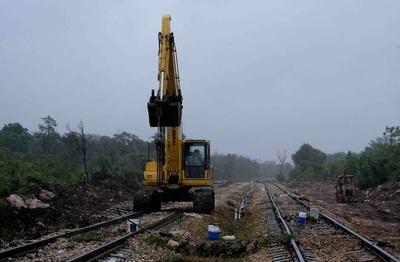 Ejército mexicano construye tramo 5 norte de Tren Maya tras cancelar concurso