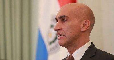 """La Nación / Renuncia de Mazzoleni: """"No era el momento, porque es una guerra"""", reaccionan"""