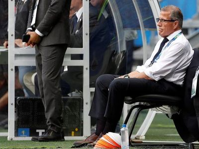 Tabárez reserva a caras nuevas para duelos ante Argentina y Bolivia