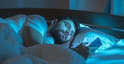 8 maneras para volver a dormir después de despertar por la noche