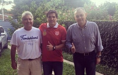 Fidencio Oviedo es refuerzo del 3 de Febrero de la Intermedia