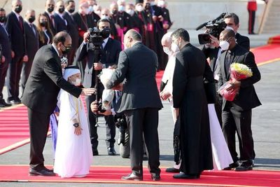 """Papa visita Irak, """"tierra martirizada"""" por grupos extremistas musulmanes"""