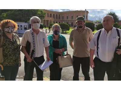 Piden a Marito que entregue papeles de la deuda de Itaipú