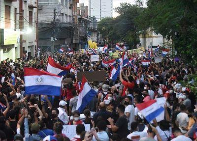 Manifestación ciudadana se reanuda esta mañana
