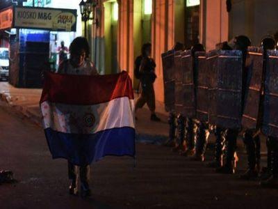 Lamentan represión de la Policía y tildan a Marito de stronista
