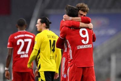 Lewandowski brilla y el Bayern se abre camino hacia el título