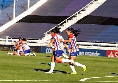 ¡Batacazo! Libertad/Limpeño golea al actual vicecampeón de la Libertadores