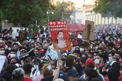"""Obispos reprochan a la Policía y piden calma a la ciudadanía por """"legítimas"""" protestas"""