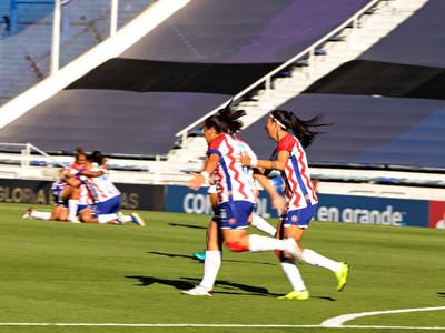 Libertad-Limpeño debuta con victoria en la Libertadores Femenina