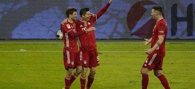 El Bayern Múnich remonta al Dortmund y recupera liderato de Bundesliga